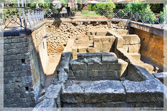 mura antiche a piazzaq bellini