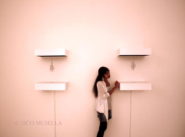 http://nicomusellaphoto.files.wordpress.com/2010/05/arte-contemporanea-spagnola-castel-dellovo-2001-napoli-foto-nico-musella-10.jpg